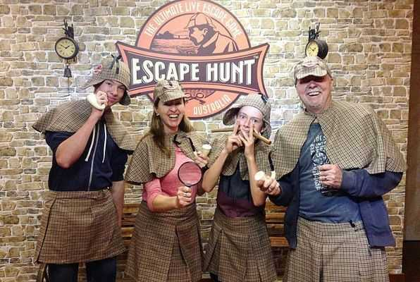 Robbery in the Cottage (Escape Hunt) Escape Room