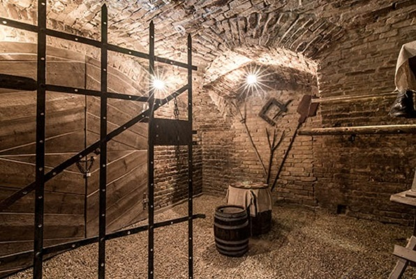 A Katedrális (Mystique Room) Escape Room