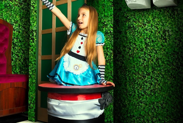 Alice in Wonderland (60out Escape Rooms) Escape Room