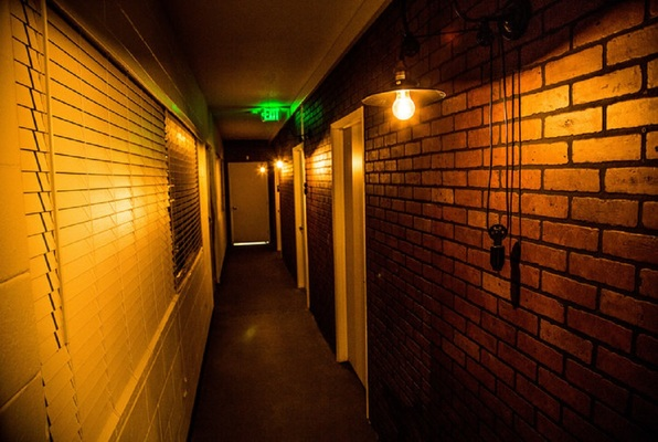 The Gentleman's Den (Escape Redding) Escape Room
