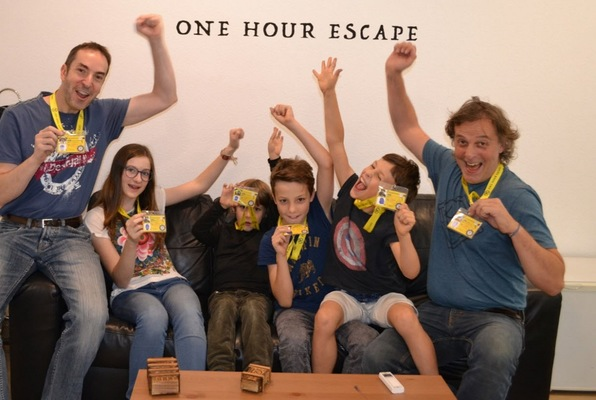 Kids Escape (One Hour Escape)