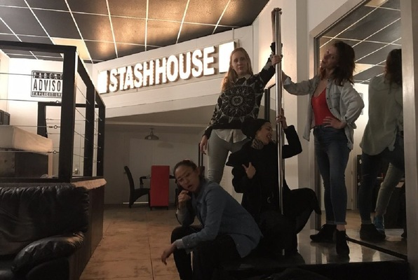 Stash House (Stash House) Escape Room